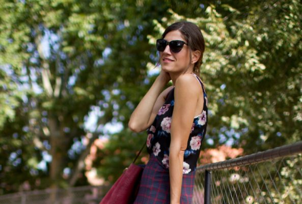 Mixing flowers & plaid